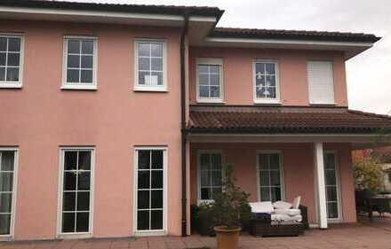 Haus an eine Firma zu vermieten