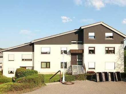 Moderne Drei-Zimmer-Wohnung mit Balkon!