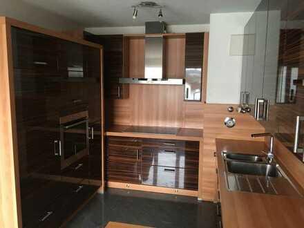 Exklusive, modernisierte 4,5-Zimmer-Maisonette-Wohnung mit Balkon und EBK in Ulm/Eselsberg