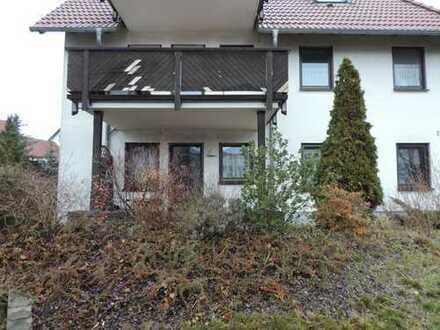 2- Raum-Wohnung_Terrasse_Einbauküche_Möbelliert_Stellplatz