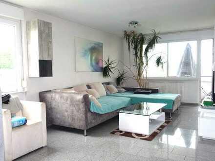 Neuwertig renovierte 3 Zi-Wo, 4% Rendite mögl., hochw. Küche, barrierefrei, in beg. Wohnlage