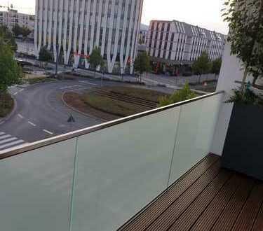 Exklusive, neuwertige 3-Zimmer-Wohnung mit Balkon und Einbauküche in Frankfurt am Main