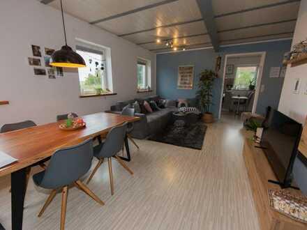 Sehr großzügige 2-Zimmer Mietwohnung in herrlicher Ortsrandlage von Heldritt!!