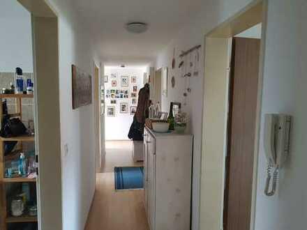 Modernisierte 4-Zimmer-Wohnung mit EBK, Balkon und Garten in Geislingen - Binsdorf