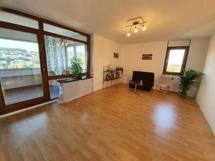 Schöne 3,5-Zimmer-Wohnung mit Einzelgarage zum Kauf ( von Privat - ohne Maklergebühren )