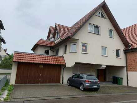 Moderne 3 Zimmer Wohnung mit EBK, Balkon, Keller