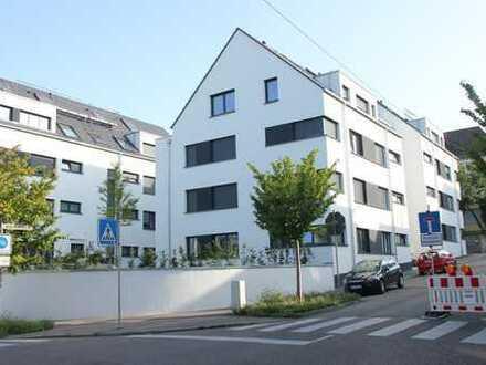 Erstbezug mit EBK und Balkon: stilvolle 3-Zimmer-Wohnung in Esslingen