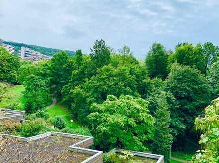 Großzügige, ruhige 3,5-Zimmer-Wohnung mit Balkon in Heidelberg