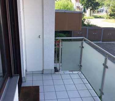 Schnell zugreifen! Super helle und schöne 2,5-Zimmerwohnung mit Balkon und Garage in Viernheim