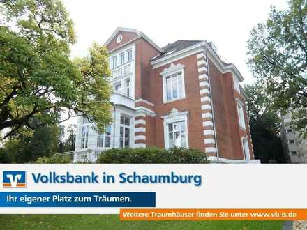"""""""Neuer Wohnkomfort in historischer Villa!"""""""