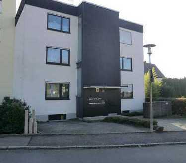 Schön gelegene 2-Zimmer-Wohnung mit Süd-Balkon & Garage in Denkendorf, im Landkreis Esslingen