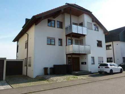 Schöne 3,5-Zimmer-Maisonette-Wohnung mit Balkon und Weitblick