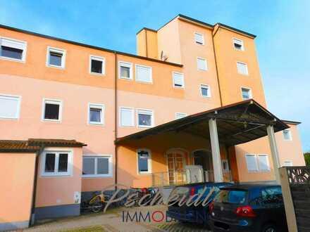 Großzügige 1-Zimmer-Wohnung mit Carport als Kapitalanlage