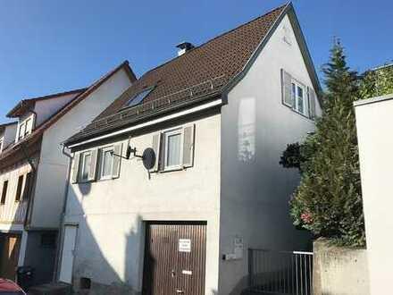 +++kleines Einfamilienhaus mit Ausbaureserve in Ortskernlage von Remshalden-Geradstetten+++