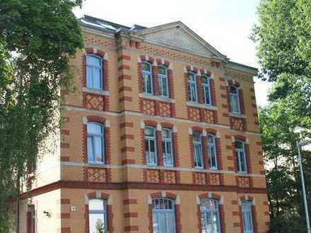 romantische Villa Hoffnung aus 1897 - ruhige, helle DG-Wohnung - 4 Gehminuten von der Elbe