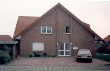 Objekt Nr. 00/497 Erdgeschosswohnung mit Garten, Terrasse, und Stellplatz