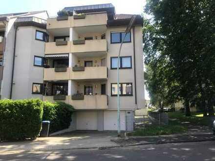 Freundliche und top modernisierte 3-Zimmer-Wohnung mit Balkon in Köln-Wahnheide
