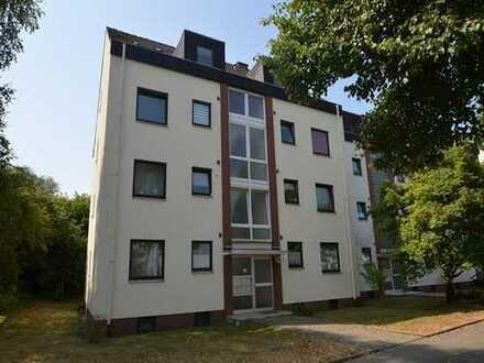 Schöne 2 -Zimmerwohnung mit Balkon und PKW-Stellplatz. Auch als Kapitalanlage!