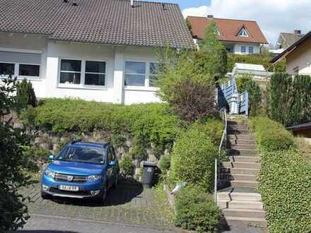 schöne 3 ZKB-Wohnung in Siegen-Eisern zu vermieten