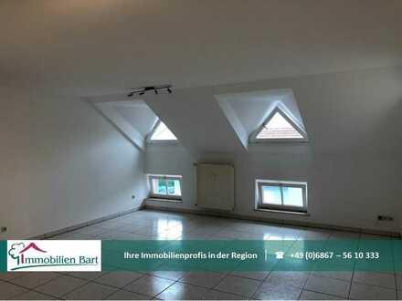 Provisionsfrei! Kreuzweiler: Gepflegte Wohnung mit Einbauküche auf ca. 85 m²