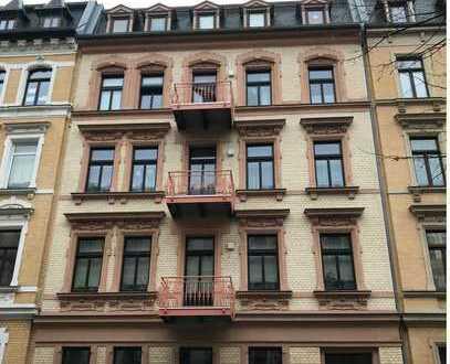 Höll-Immobilien vermietet sehr schöne 2-Raumwohnung im Paulusviertel mit Balkon.