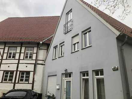 Gepflegte 4-Zimmer-Wohnung mit Balkon und Einbauküche in Burgsteinfurt