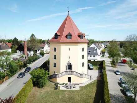 Einzigartiges Leben in schlossartigem Turm mit gigantischer Aussicht über München