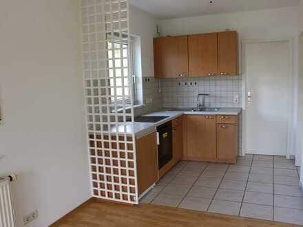 Gepflegte 2-Zimmer-Wohnung mit Balkon und Einbauküche in Bad Soden-Salmünster