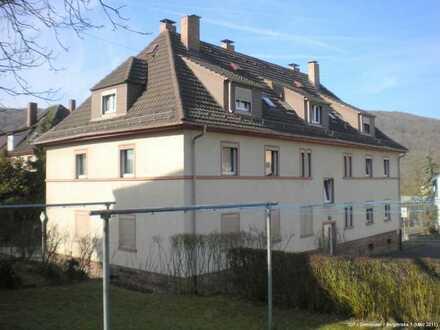 Schöne, kleine 3-Zimmer Dachgeschosswohnung