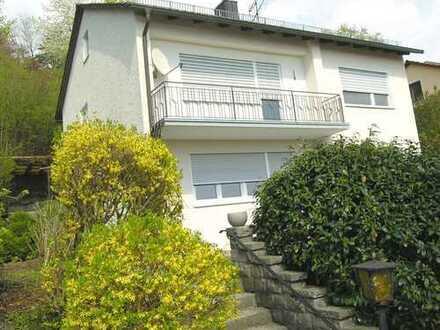 Top Lage ! Schönes, freies Einfamilienhaus mit herrlichem Ausblick über Deggendorf