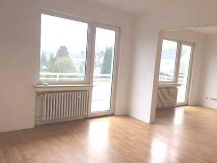 Bo.-Lare-Wunderschöne, offene Wohnung mit großem Balkon in Bochum!
