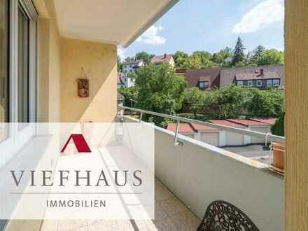 Helle, frisch renovierte 4-Zimmer-Eigentumswohnung mit Balkon und Pkw-Stellplatz