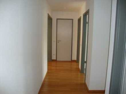 995 €, 73 m², 2 Zimmer