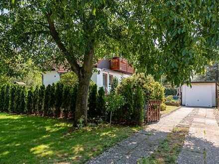 Ansprechendes Einfamilienhaus mit schönem 400 m² Garten in Berlin- Alt- Hohenschönhausen