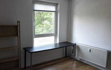16qm Zimmer in 2er WG Zentrum Südost