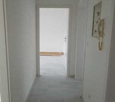 Schöne, helle 3,5 Zimmer Wohnung