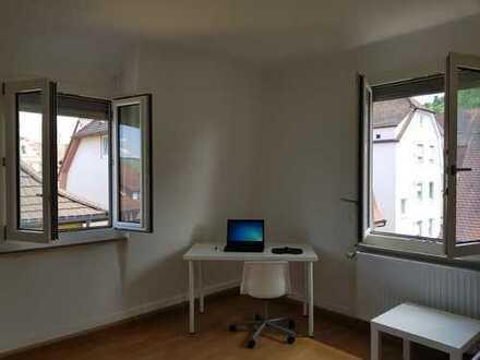 Super Helles WG-Zimmer in bester Lage mit super Anbindung