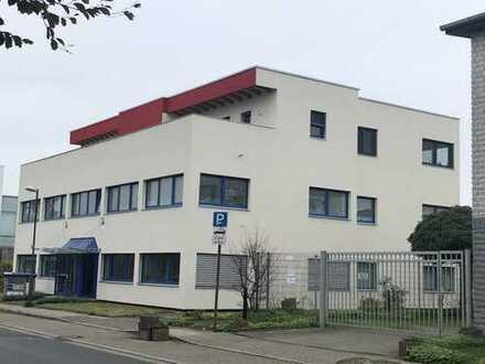 Büroflächen im M1 Gewerbepark zu vermieten