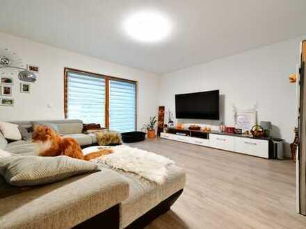 Einfamilienhaus_frisch renoviert_großes Grundstück_Holzständerbauweise_Solarthermie_Regenwassertank