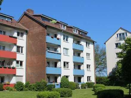 Neustadt: sehr gepflegte Dachgeschosswohnung