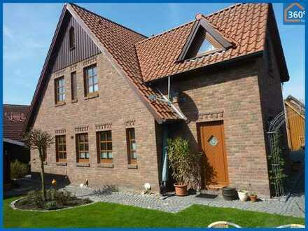 Stilvolles Wohnhaus mit einer top Ferienwohnung im schönen Fischerdorf Ditzum !