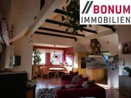 Traumhaft schöne, großzügige und gepflegte 3,5-Zimmer-Dachgeschosswohnung