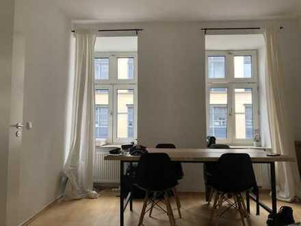 Schöne 2-Zimmer Wohnung in absoluter Top-Lage Maxvorstadt