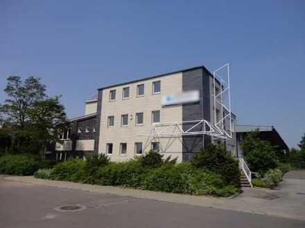 Modernes Bürogebäude in Neumünster Nähe Innens