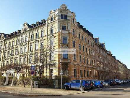 Im repräsentativen Gründerzeithaus mit Aufzug! Eigentumswohnung ohne Mietverhältnis zu verkaufen!