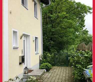 Gemütliches Reiheneckhaus mit Garten in Oberdorfen