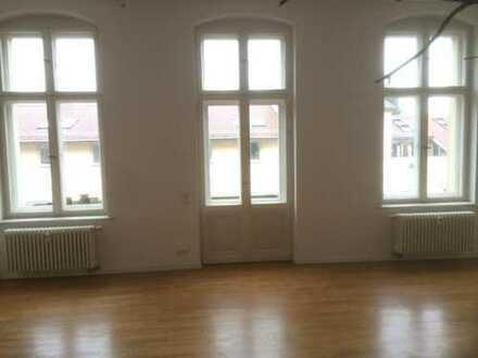 Nachmieter für helle geräumige 4-Zimmer Wohnung in Potsdam- Jägervorstadt gesucht