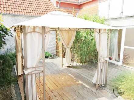 Großzügiges Einfamilienhaus mit einem gemütlichen Gartenhof und einer Dachterrasse - Bemerode!