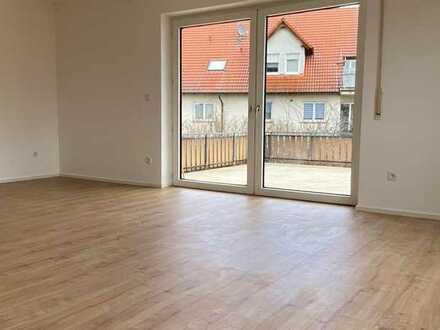 Erstbezug nach Sanierung: schöne 2,5-Zimmer-Wohnung mit EBK und Terrasse in Langenselbold