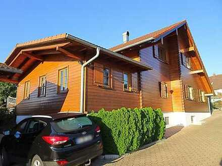 Einfamilienhaus 350m² + Gewerbehalle 215m² - Grund 2.207qm - Ökologisch gesunde Holzbauweise- RV Süd